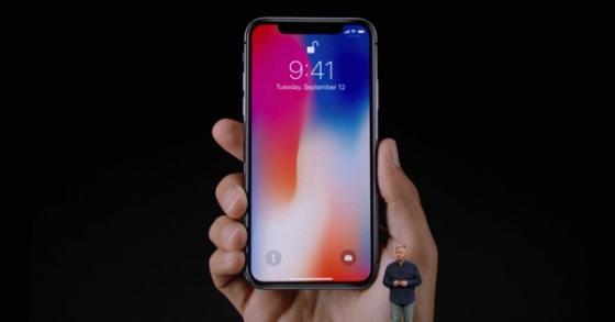 Apple đang tìm cách giảm lệ thuộc vào Samsung