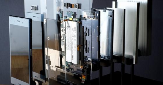 Khám phá bên trong Sony Xperia XZ1